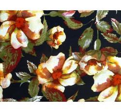 Šatovky - černá viskózová šatovka 9810 s květy