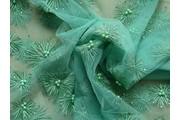elastický tyl 9683 se zelenými aplikacemi